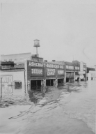 Ashcraft-Babb Car Company during 1937 flood in Paducah (KY)