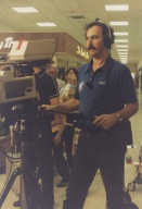 Photographer Bob Crosno at live shoot from mall in Carbondale (IL)