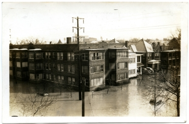 Madison Apartments in Lowertown, Paducah during '37 flood.