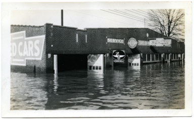 Car dealership in Paducah during '37 flood.