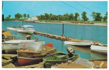 THE PADUCAH BOAT DOCK NEAR THE JUNCION OF THE OHIO AND TENNESSEE RIVERS, PADUCAH, KENTUCKY
