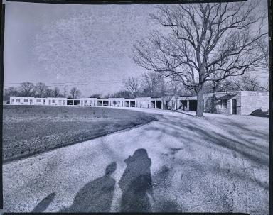 Nelson's Modernistic Motel