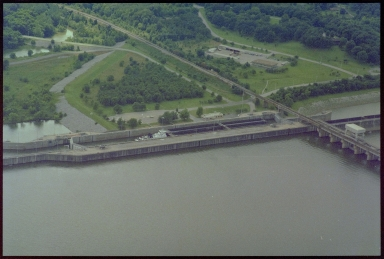 Lakes and Rivers in Western Kentucky, Lock