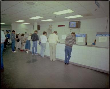 Betting at Bluegrass Downs
