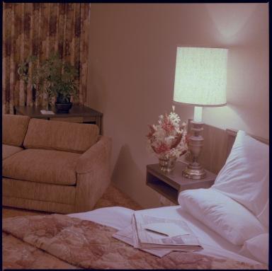 Drury Inn, Room