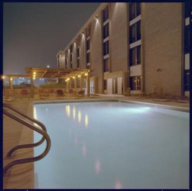 Drury Inn, Pool