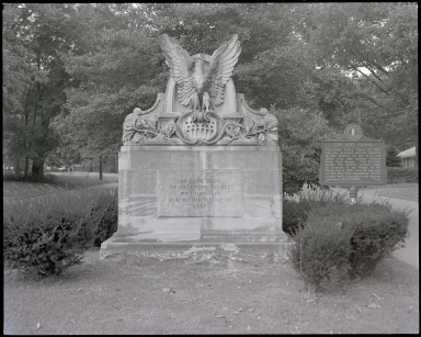 Commemorative 1937 Flood Statue
