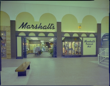 Paducah Mall, Marshall's