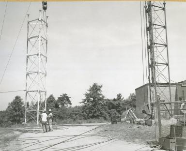 Transmitting equipment outside station