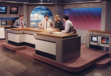 Meteoroolgist Cal Sisto, reporter/anchor Ron Beaton, reporter/anchor Vicki Dortch and sports reporter/anchor Paul Brown on new news set