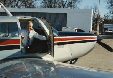 Corporate pilot Bill Watson and Paducah Newspapers, Inc. plane