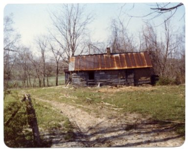 Log House on the Son Hill Farm