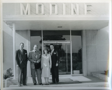 Broderick Crawford Visits Modine