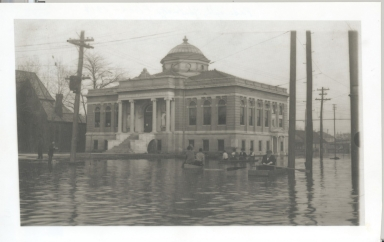 Carnegie Library in 1913