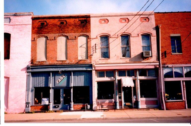 Buildings a 219 & 221 Kentucky Avenue