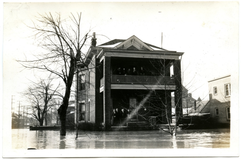 """Finding """"high ground"""" in Lowertown during the '37 flood."""