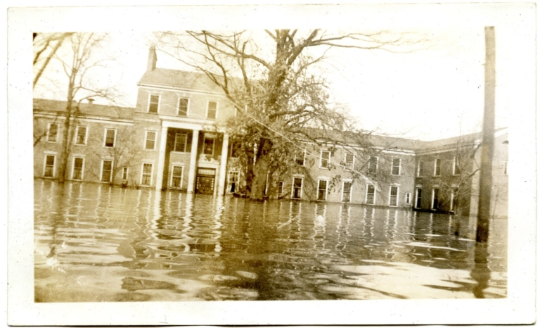 Illinois Central Railroad Hospital during '37 flood.