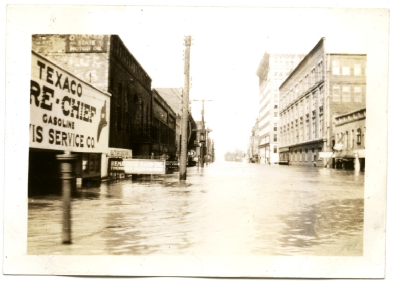 South Fourth Street in downtown Paducah during '37 flood.