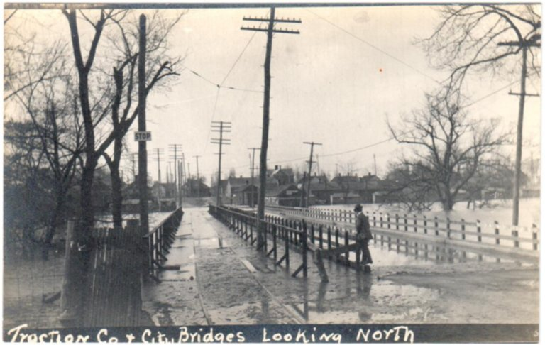 1913 Flood, Traction Co. & City Bridges Looking North