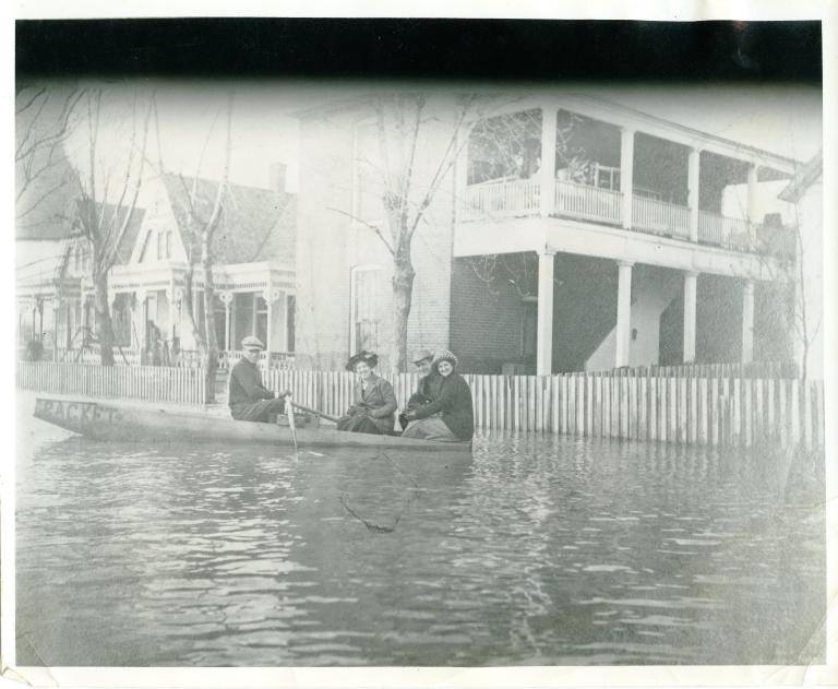 Boating in '37