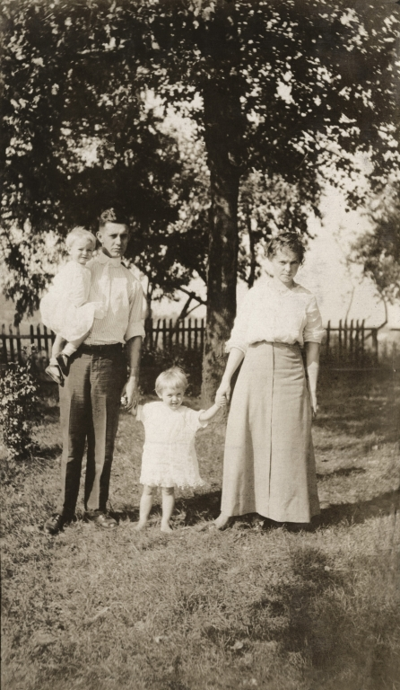 Charles E Bell with Tom, Libba and Nell