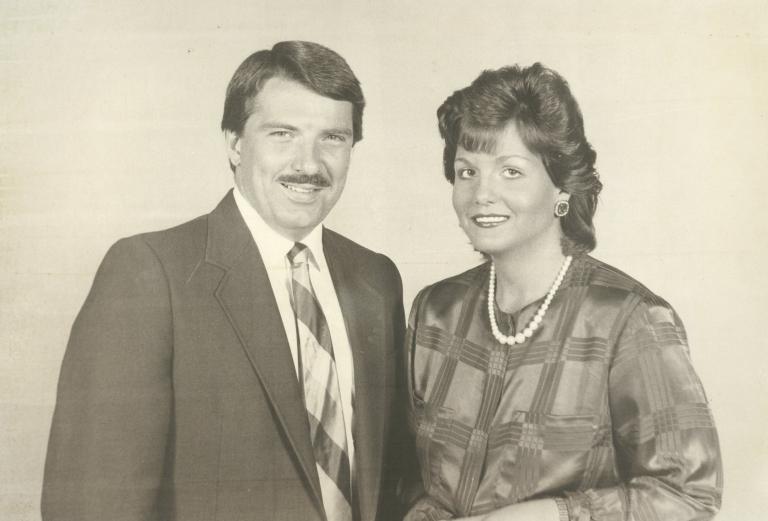 News anchors Ernie Mitchell and Polly Van Doren