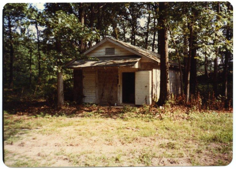Apple House on the Lester Harris Farm