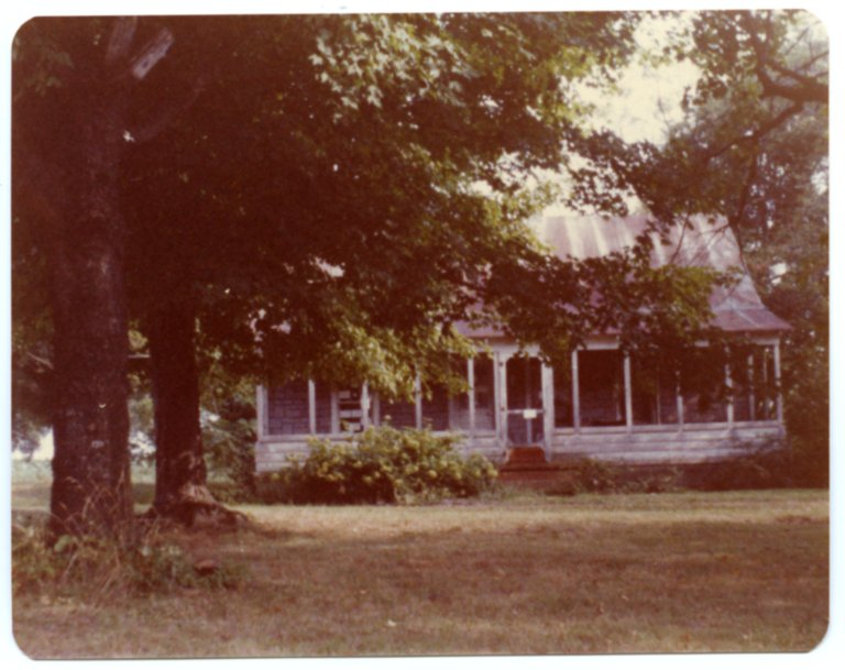 House with Screened in Front Porch
