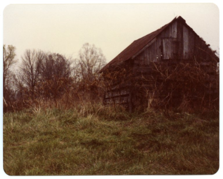 Log Corn Crib on the Red Morris Farm