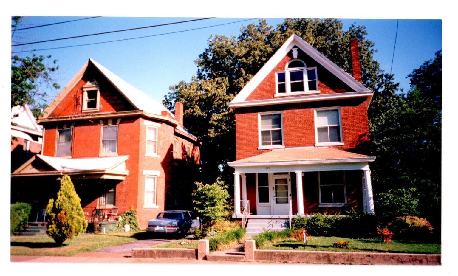Houses at 819 and 825 Madison Street