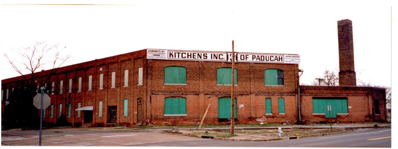 Building at 905 Harrison St., Paducah