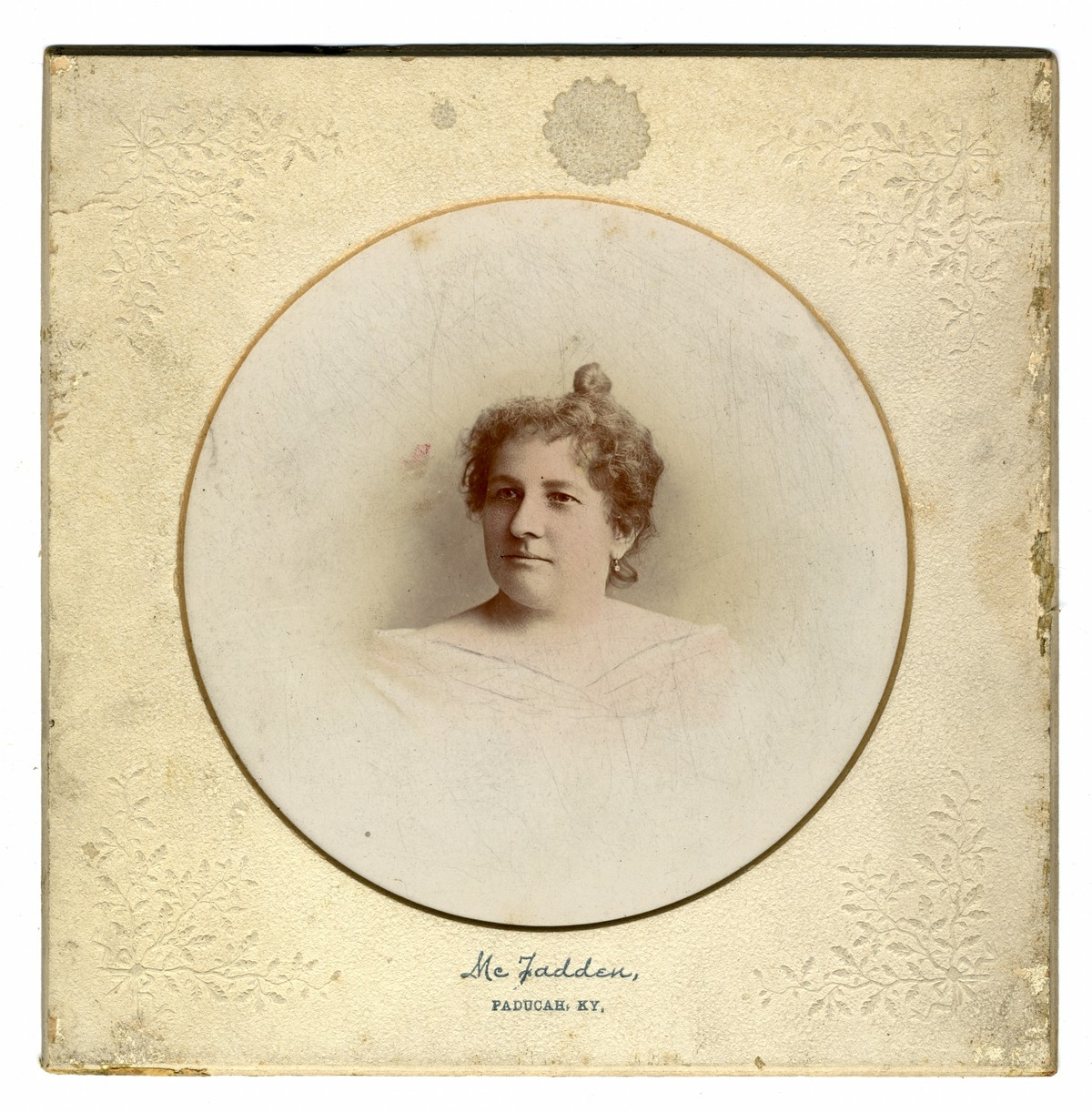 Portrait of an unknown woman.