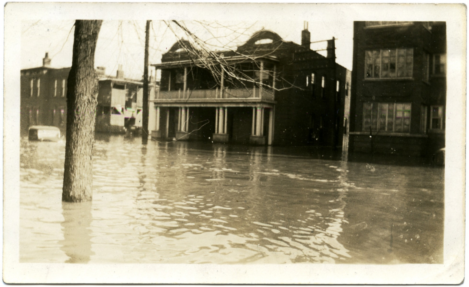 Apartments in Lowertown during '37 flood.