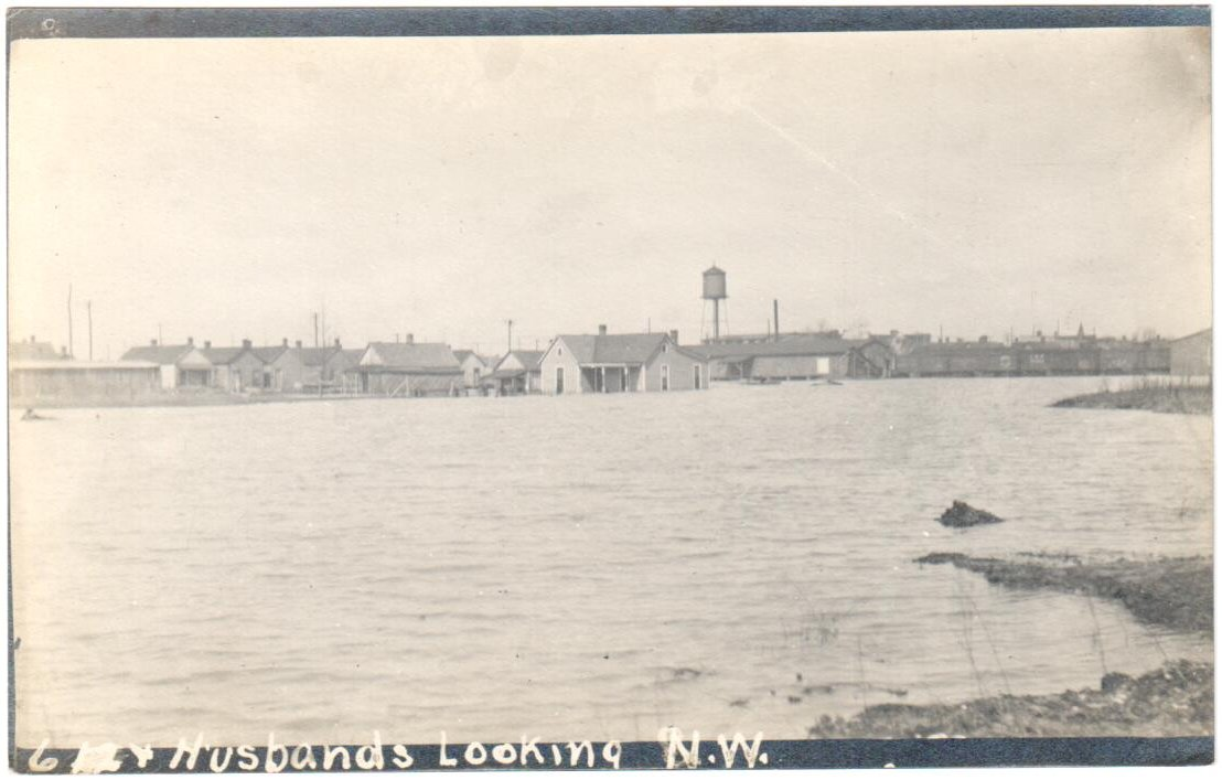 1913 Flood, 6th & Husbands Looking N.W.