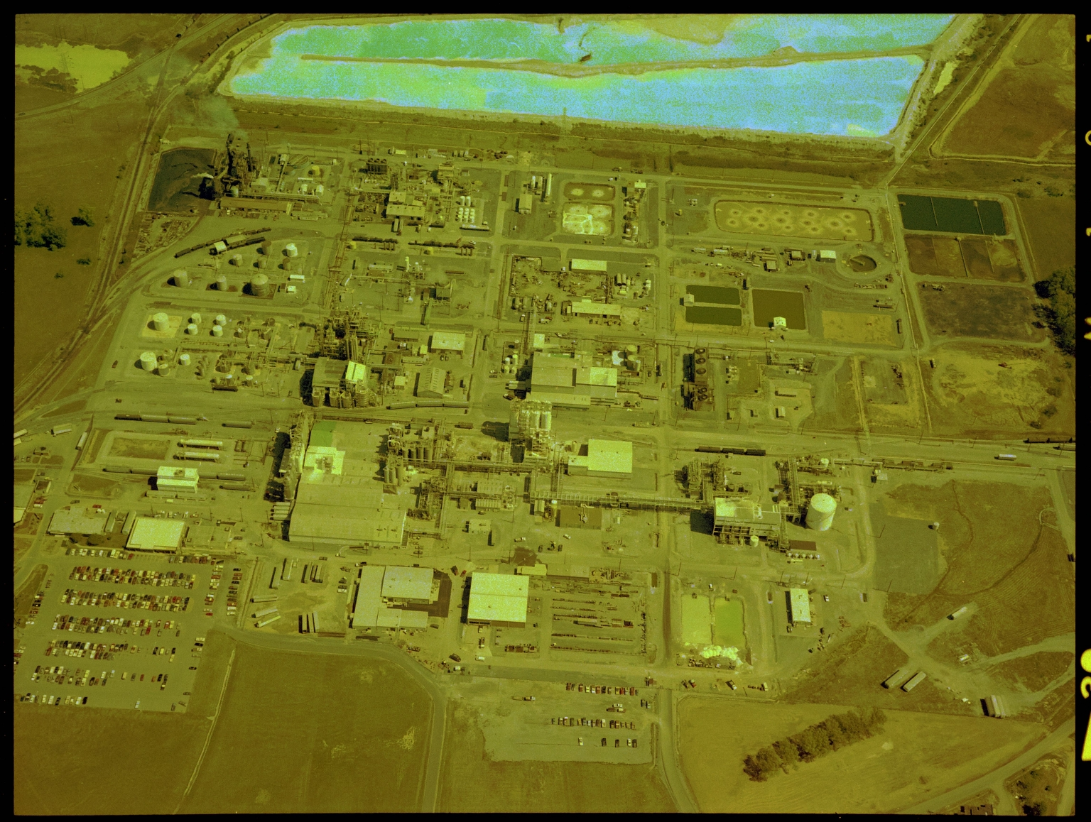 Air Products and Chemicals, Aerial photograph