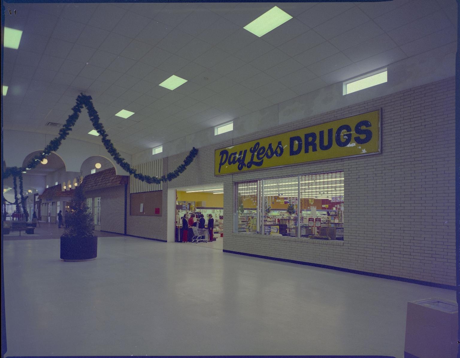 Paducah Mall/Payless Drugs