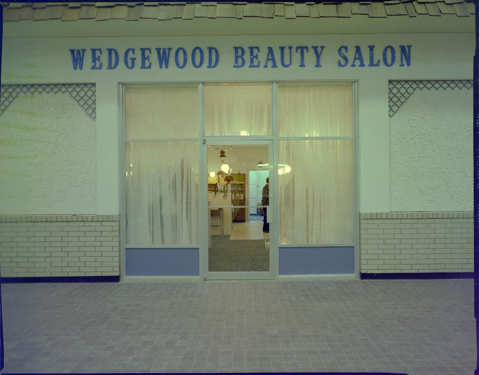 Paducah Mall/Wedgewood Beauty Salon