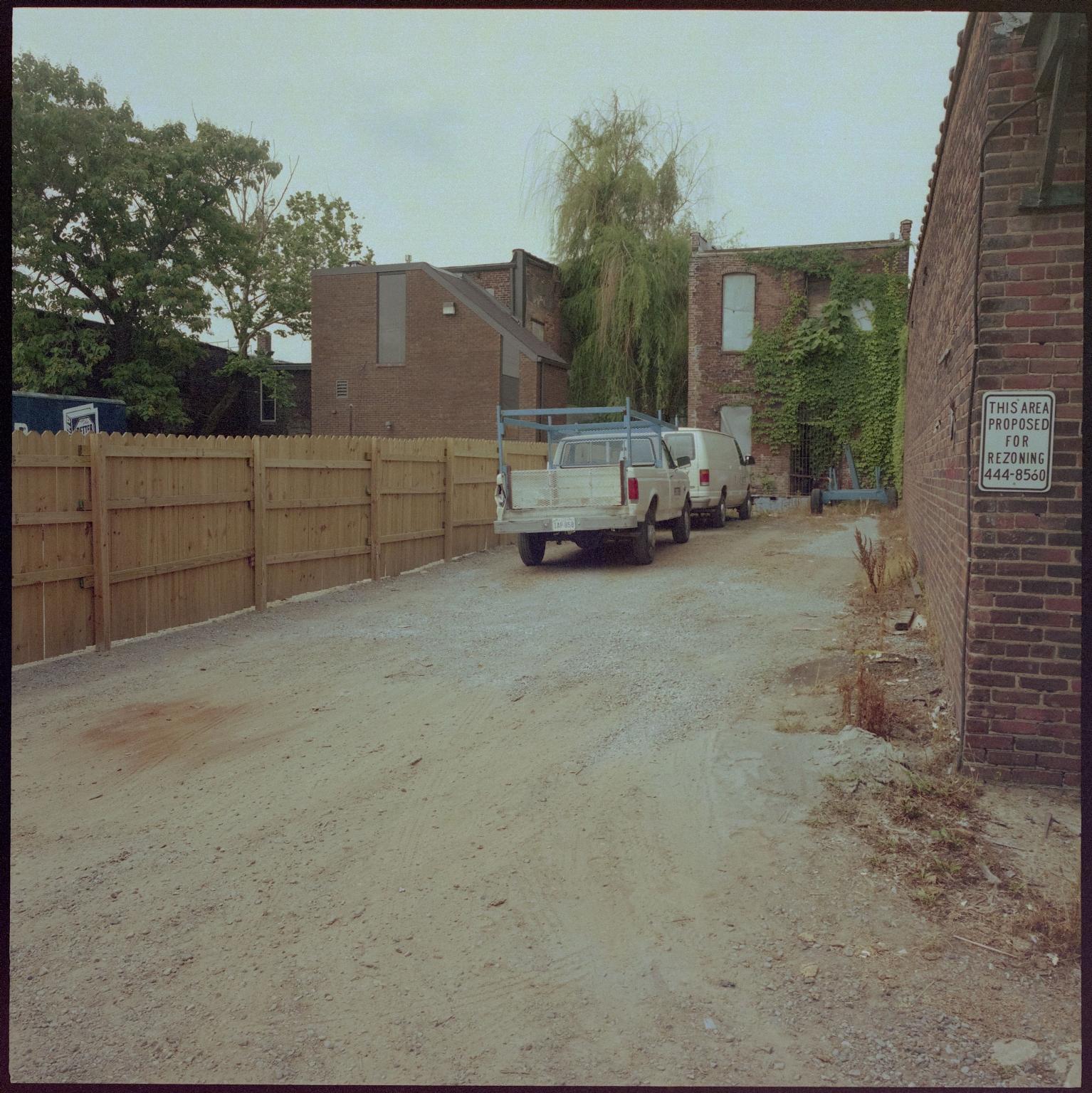 Petter Parking Area