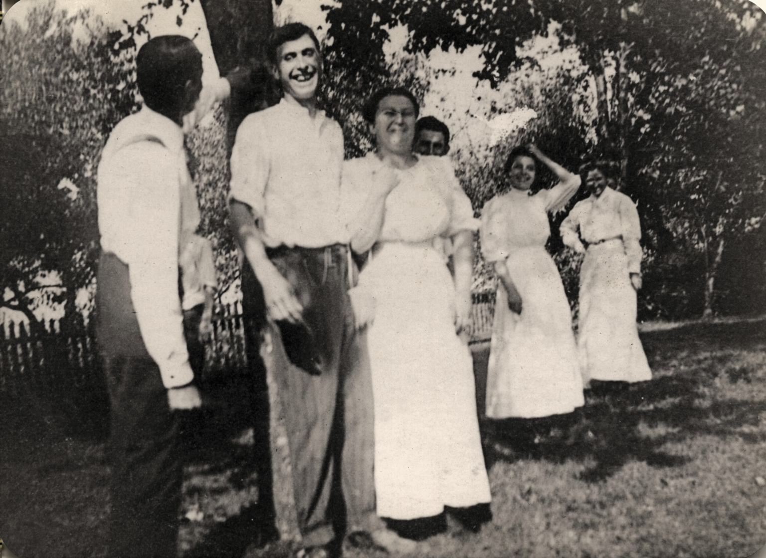 Will Utterback, Clarence and Katie Bell, Unknown Person, May Utterback and Laura A Bell