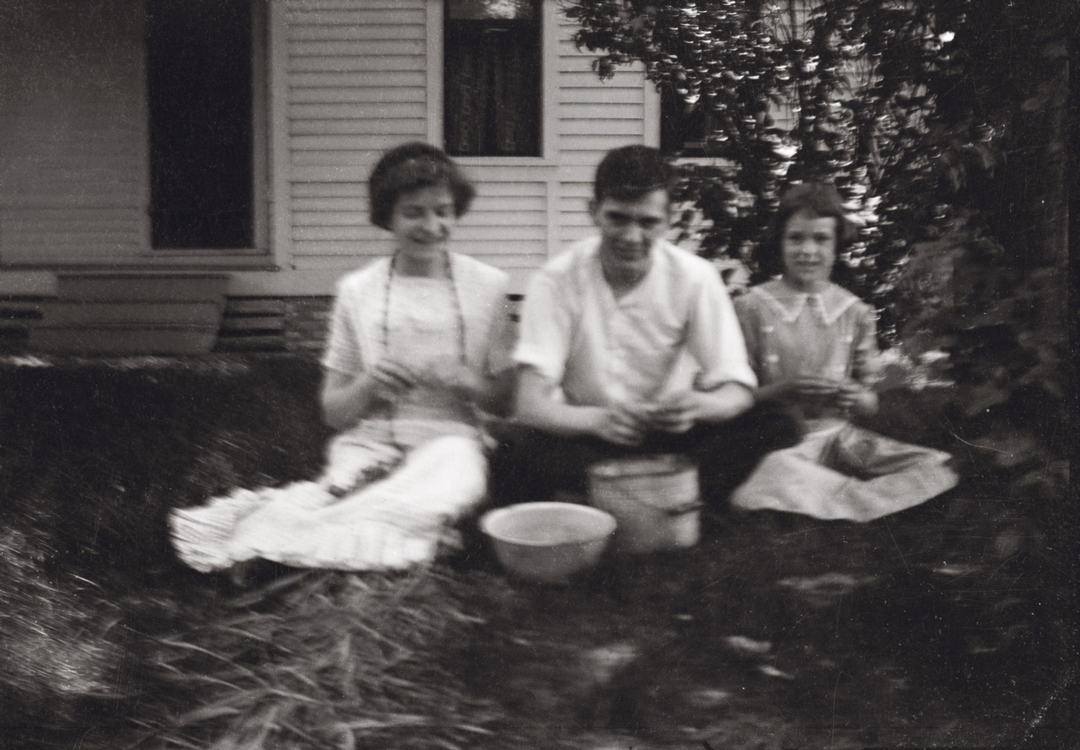 Grace Holland, Will and Laura Bell