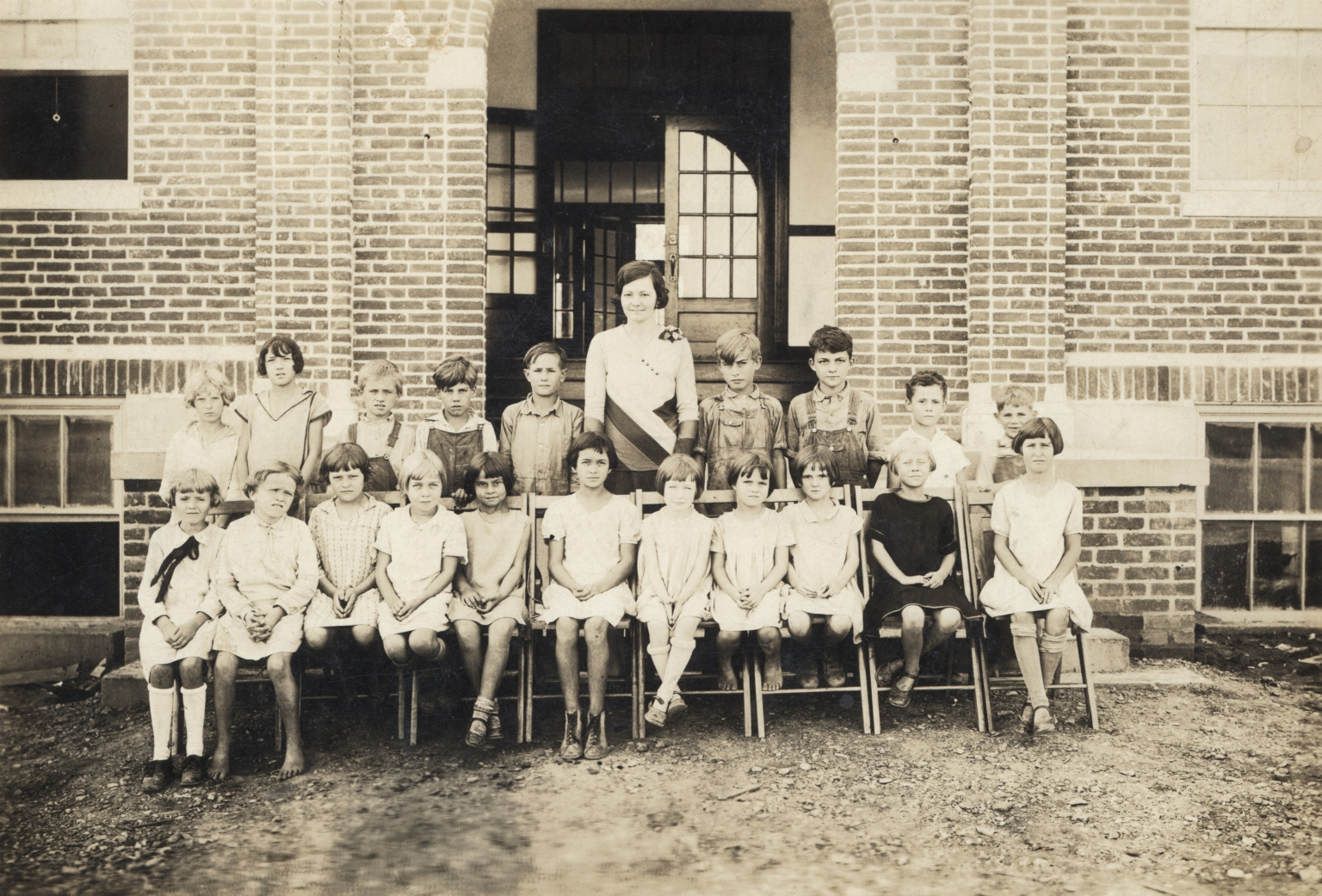 Hendron School students and teacher