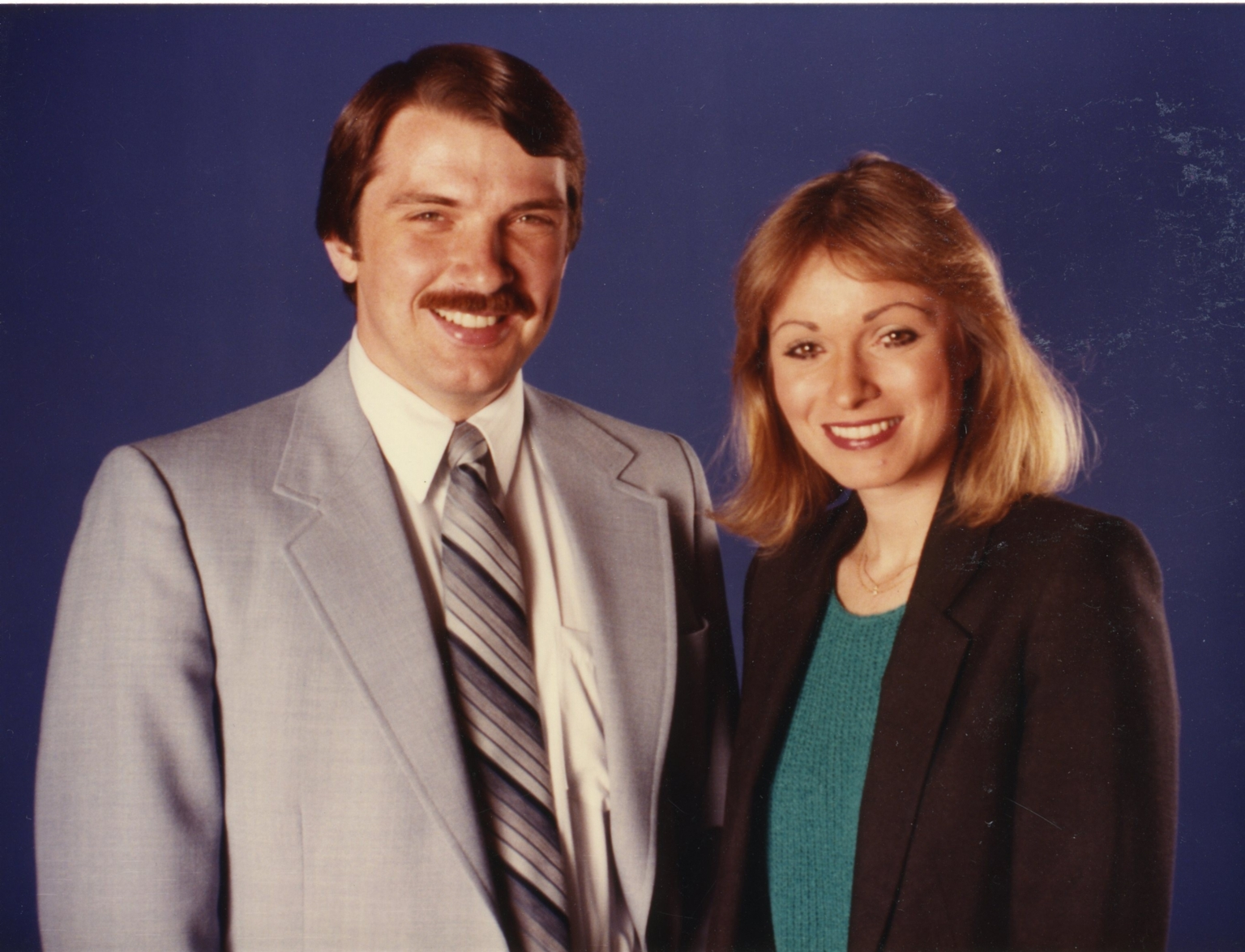 News anchors Ron Beaton and Vicki Dortch