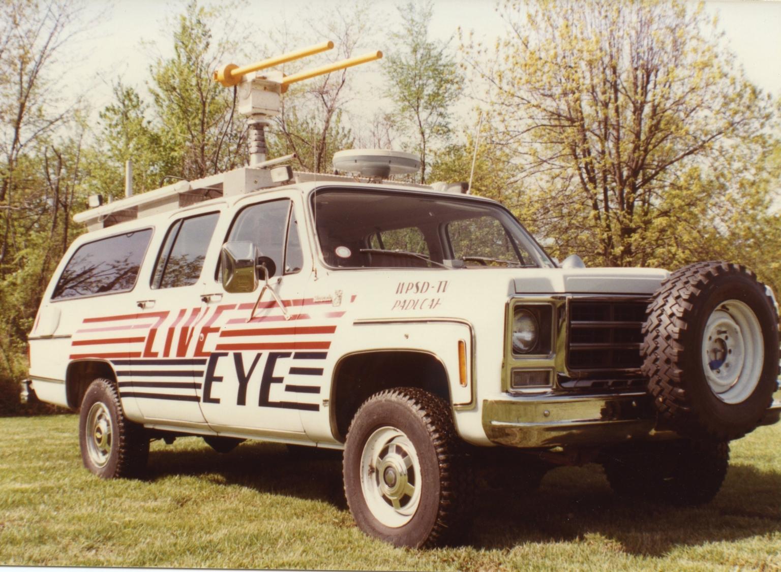 """""""Live Eye"""" truck"""
